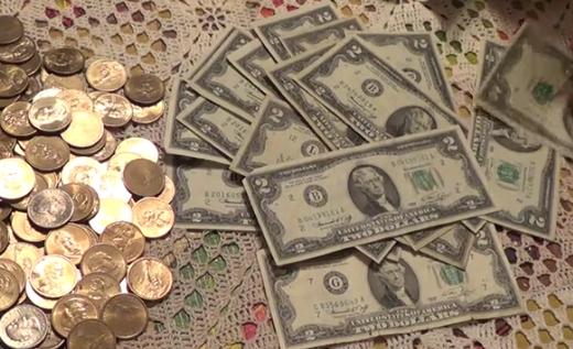 Купюры номиналом 2 доллара США